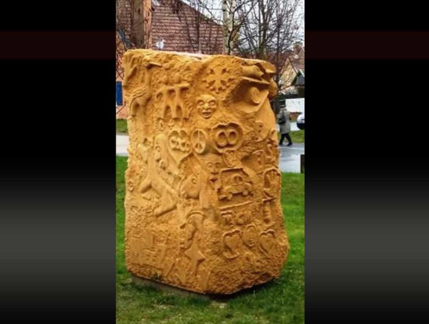 Sculptor plastic artist Perth
